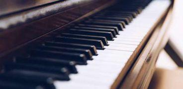إصدار بيانو من 3 آلاف قطعة