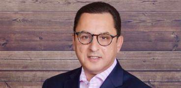 الدكتورأشرف الفقيمديرا بالإدارة العالمية للبحوث الطبية وتقييم السلامة الإكلينيكية بشركة فايزر العالمية الأدوية