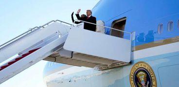 ترامب يغادر البيت الأبيض بعد تركه رسالة لخليفته بايدن