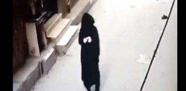 """المتهم بقتل الضحية اثناء ارتداء النقاب قبل الصعود ل""""الشقة"""""""