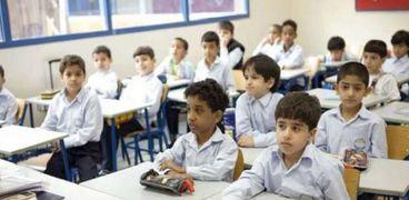 «التعليم أولاً».. شعار رفعته دور الأيتام
