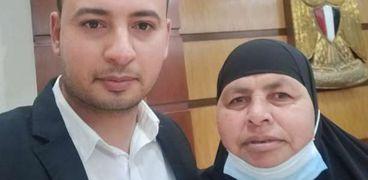الأم المثالية بالبحيرة: «فخورة بأبنائي ومصافحة الرئيس أكبر تكريم»