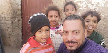 ياسر متطوع مبادرة حياة كريمة