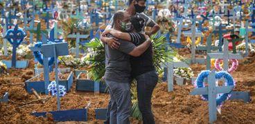 البرازيل تسجل 23 ألف حالة إصابة جديدة بكورونا