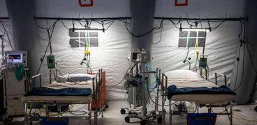طبيب يحذر : أجهزة التنفس الصناعي تقلل من معدل نجاة مرضى كورونا