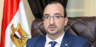 مؤمن سيد عضو تنسيقية شباب الأحزاب والسياسين