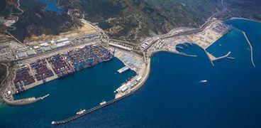 ميناء طنجة المغربي