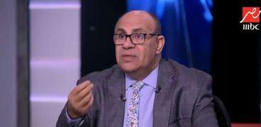 الدكتور مبروك عطية أستاذ الشريعة بجامعة الأزهر