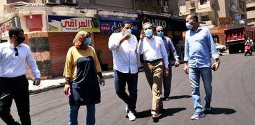 بالصور ..محافظ الغربية يتابع أعمال الرصف بشوارع مدينة المحلة الكبرى