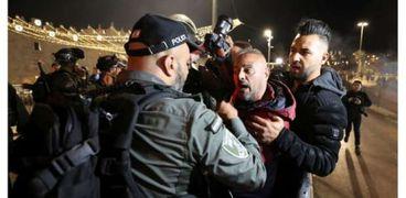 اشتباكات في القدس بين شرطة الاحتلال وفلسطينيين