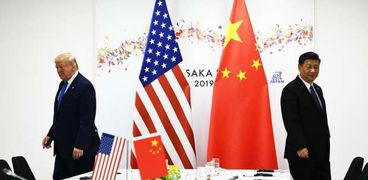 """الرئيس الأمريكي دونالد ترامب """"يسار"""" ونظيره الصيني شي جين بينج """"يمين"""""""