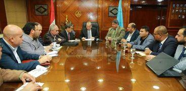 محافظ كفر الشيخ خلال لقاءه مع رئيس هيئة الاستشعار عن بعد
