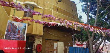كنيسة بالشرقية تعلق زينة رمضان.. والقس إيليا: نشارك المسلمين احتفالاتهم