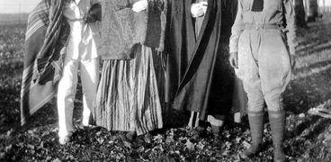 صورة قديمة لملابس الهالوين
