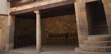 ملكة الغجر في مكتبة الإسكندرية