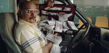 شارك في مسلسل «ضل راجل».. بطل إعلان إحدى البنوك يروي كواليسه: صورناه في نهار رمضان