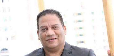الدكتور عادل عبده، رئيس البيت الفنى للفنون الشعبية والاستعراضية