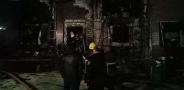 السيطرة علي حريق هائل في محطة خضار بالسادات