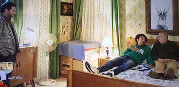 علي ربيع ومصطفى خاطر يفتحان مشروع عربة كبدة في الحلقة 23 من عمر ودياب
