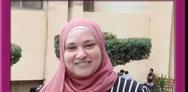 الدكتورة نفين عزت أبو يوسف المدرس بقسم المحاسبة بكلية التجارة