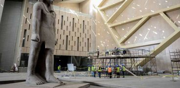 الاعمال النهائية بالمتحف المصري الكبير