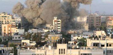 مشاهد من قصف الكيان المحتل لغزة