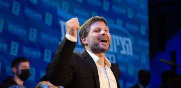 رئيس حزب «الصهيونية الدينية» بتسلئيل سموتريتش في مقر الحزب بموديعين