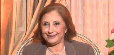 الدكتورة منى الحديدي عضو المجلس الأعلى لتنظيم الإعلام