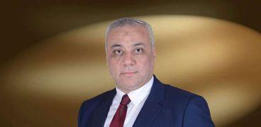 أحمد إبراهيم عضو اللجنة العليا للحج السياحى