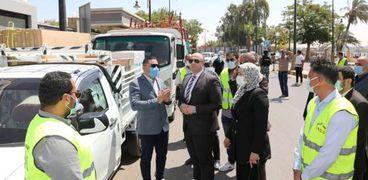 محافظ بني سويف يشهد تسليم الدعم العيني للمدارس