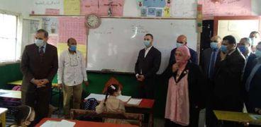 محافظ كفر الشيخ يتفقد المدارس
