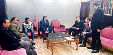 محافظ كفر الشيخ يبحث إحتياجات ذوى الهمم مع ممثلي القومي لشئون الإعاقة