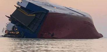 غرق سفينة