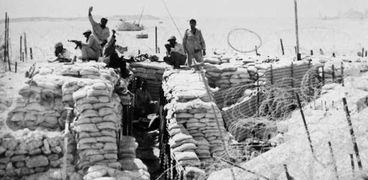 الجندى المصرى بعزيمة قوية هزم جيش الاحتلال