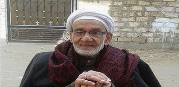 """بعد 10 أيام من وفاتها.. محفظ قرآن """"مسن"""" يلحق بزوجته في الشرقية"""