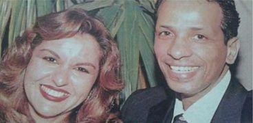 محمد الصغير مع زوجته