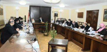 اجتماع وزارتي التموين والتجارة الداخلية