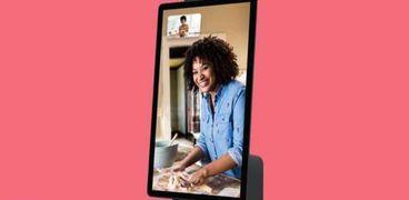 """اسمه """"بورتال"""".. """"فيسبوك"""" تخطط لطرح جهاز يسهل مكالمات الفيديو"""