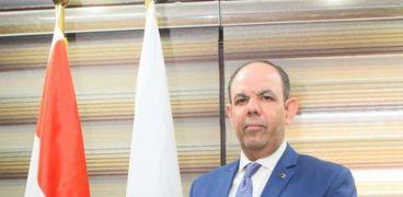 الدكتور أحمد سمير