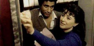 سعاد حسني وأحمد زكي في مشهد من احد الأفلام