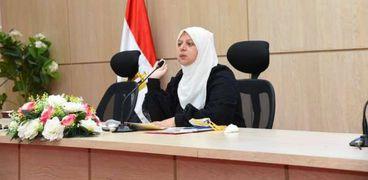 نائب محافظ مطروح خلال إجتماع مع مسئولى لجان التصالح لمخالفات البناء