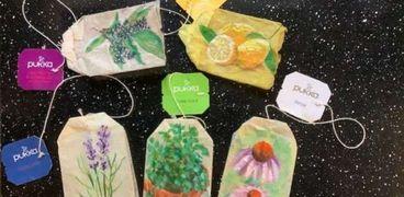 الرسم على أكياس الشاي.. احدث الصيحات العالمية جراء كورونا
