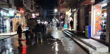 رفع مياه الأمطار من شوارع كفر الشيخ