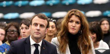 الوزيرة مع الرئيس الفرنسي