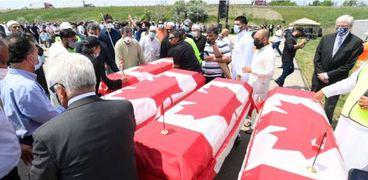جنازة أفراد الأسرة الكندية المسلمة