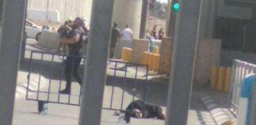 لحظة إطلاق النار على السيدة الفلسطينية