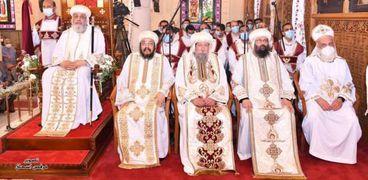 البابا تواضروس واساقفة الإسكندرية في كنيسة القديسين