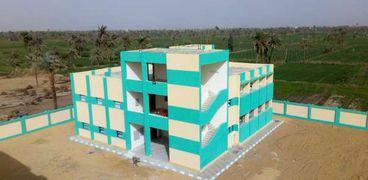 محافظ الفيوم يُعلن إنشاء وتطوير 39 مدرسة بتكلفة 196 مليون جنيه