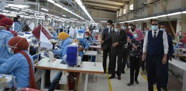مصنع منسوجات بالمنطقة الصناعية