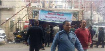 """توافد المواطنين على لجان """"اعرف لجنتك"""" التابعة إلى حزب النور بمنطقة العطارين وسط الإسكندرية"""